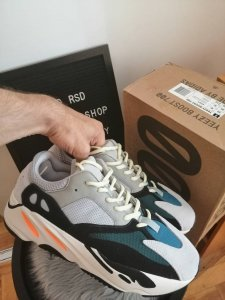Yeezy 700 Wave Runner NOVO