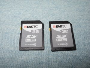 EMTEC SDHC 32GB Class 4 Secure Digital Memory Card