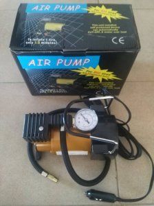 Kompresor za pumpanje Guma 12V AIR PUMP