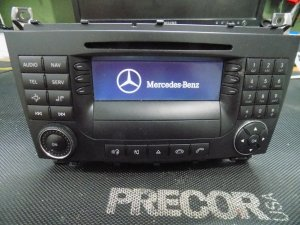 Mercedes C klase Fabricki cd mp3 navigacija
