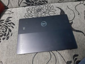 Hitno! Dell Latitude 5290 2-in-1 i5-8350U 8gb BR.2